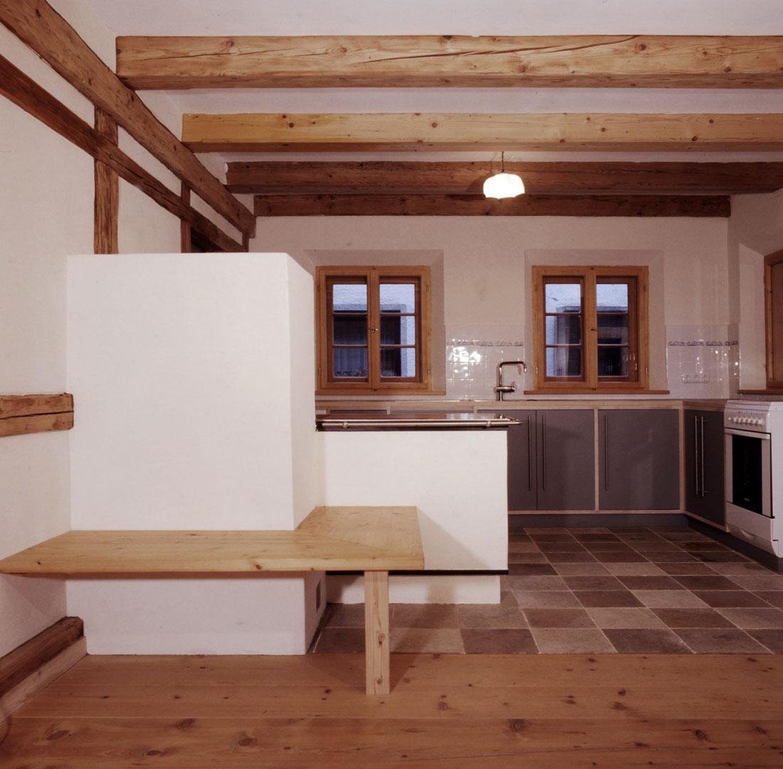 Gabriele Riesner, Architektin, Antwort/Chiemgau, Scheunenausbau, Holzfeuerofen Küche