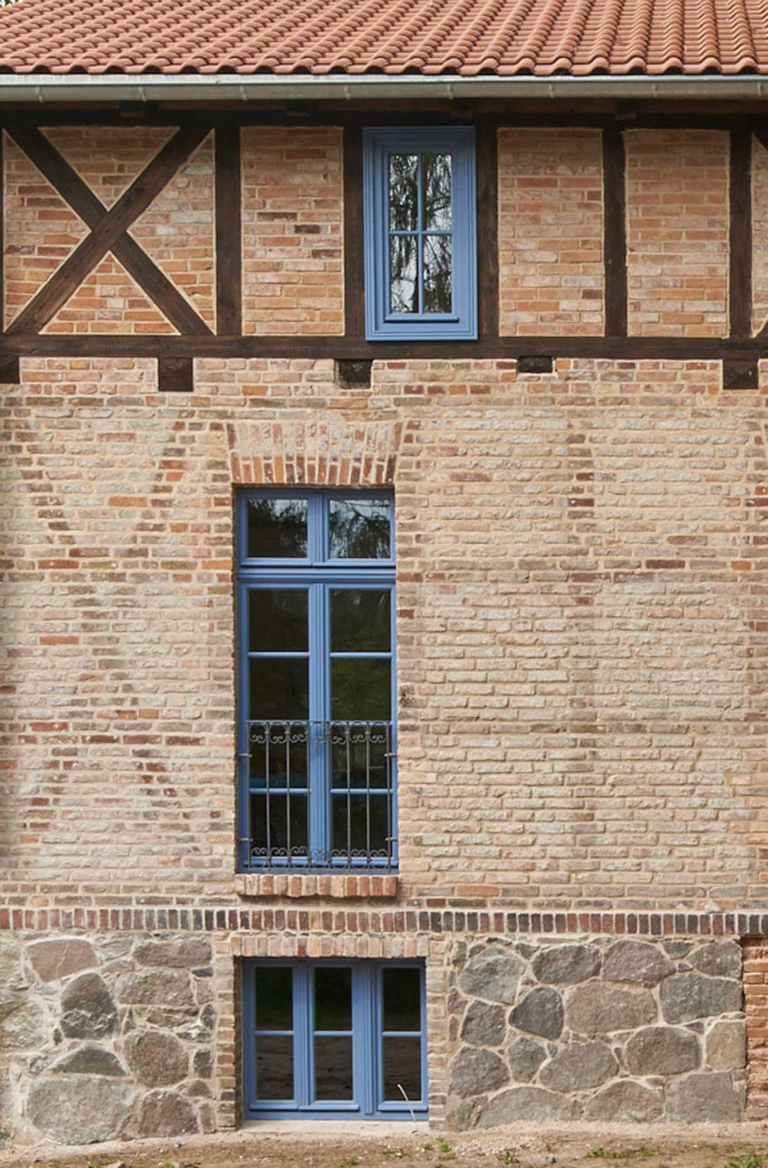Gabriele Riesner, Architektin, Arnimswalde/Uckermark, Umbau eines Vorwerkes, Detail Südfassade