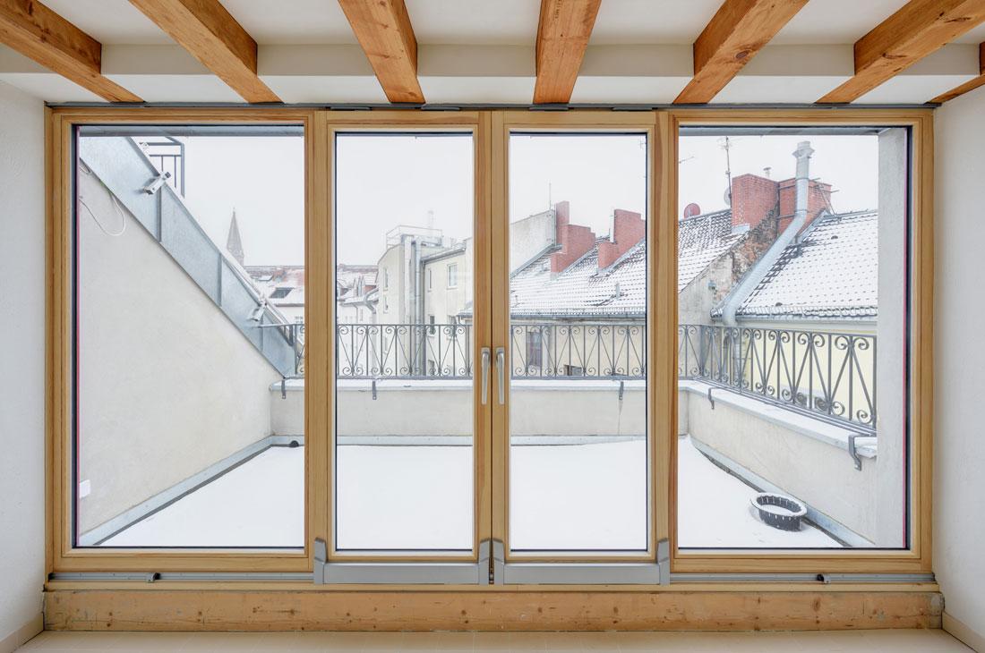Gabriele Riesner, Architektin, Berlin-Kreuzberg, Dachgeschossausbau eines Hauses, Terrasse