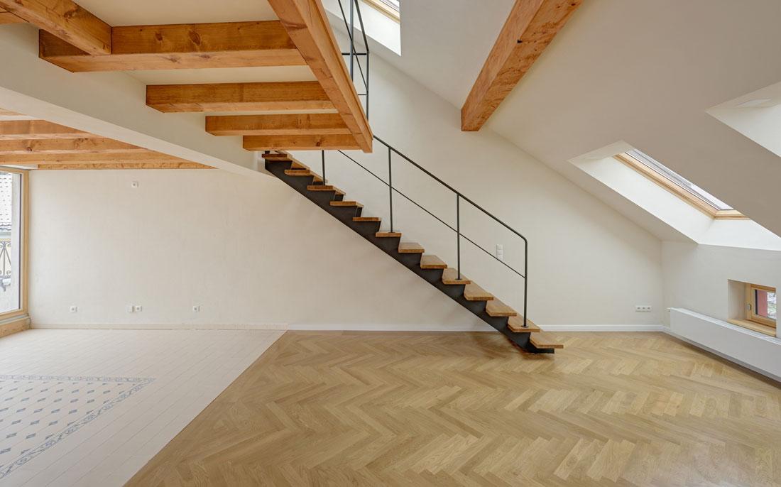 Gabriele Riesner, Architektin, Berlin-Kreuzberg, Dachgeschossausbau eines Hauses, Treppe