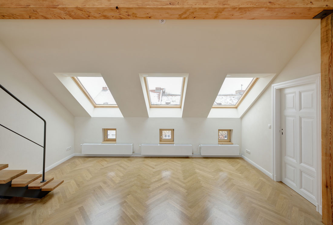 Gabriele Riesner, Architektin, Berlin-Kreuzberg, Dachgeschossausbau eines Hauses, Wohnraum