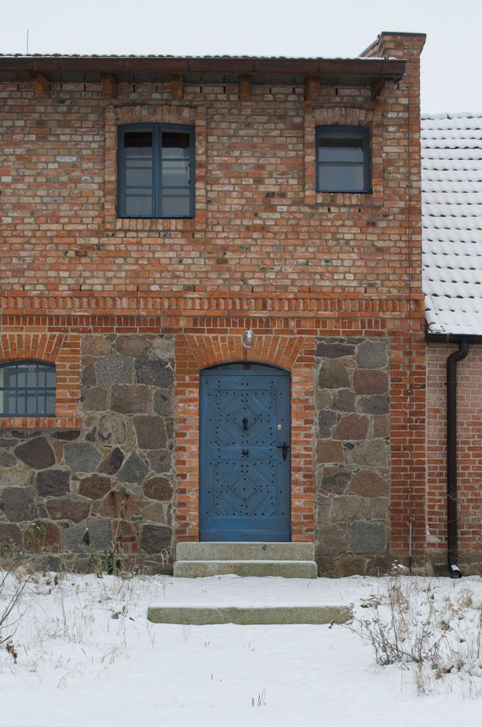 Gabriele Riesner, Architektin, Friedenfelde/Uckermark, Umbau und Erweiterung eines 150 Jahre alten Stallgebäudes, Fassadendetail