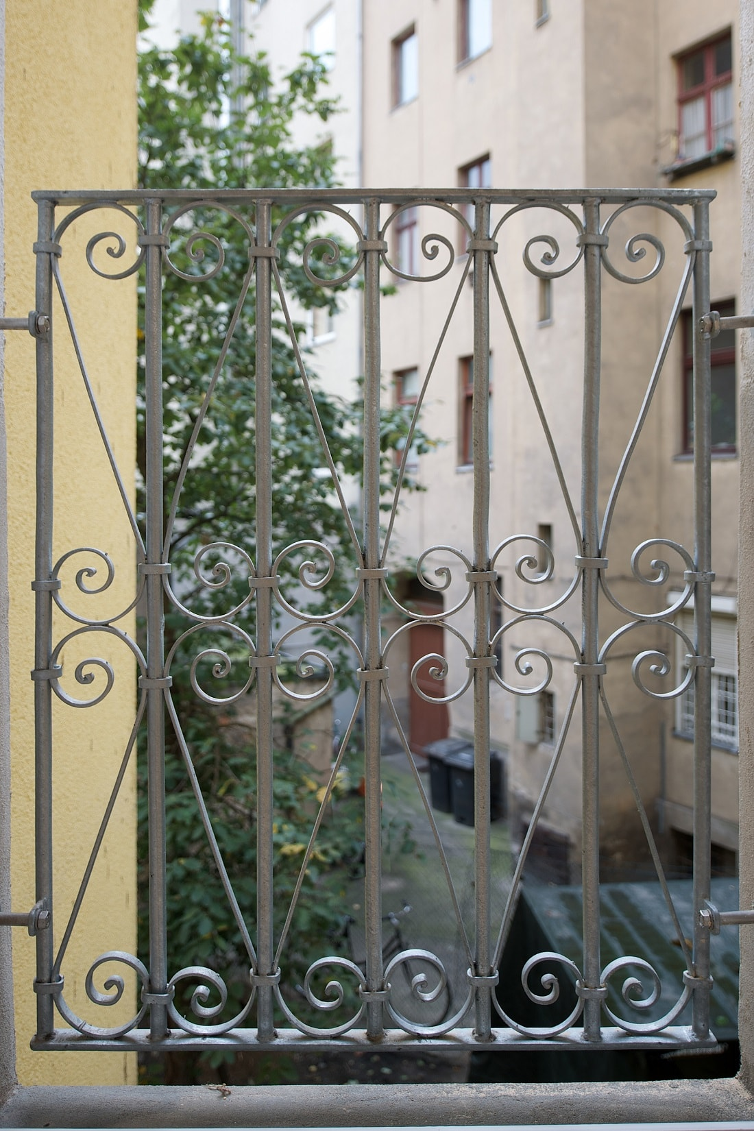 Gabriele Riesner, Architektin, Berlin, Dachgeschossausbau eines Mietshauses in Berlin-Steglitz, Frontspießzimmer