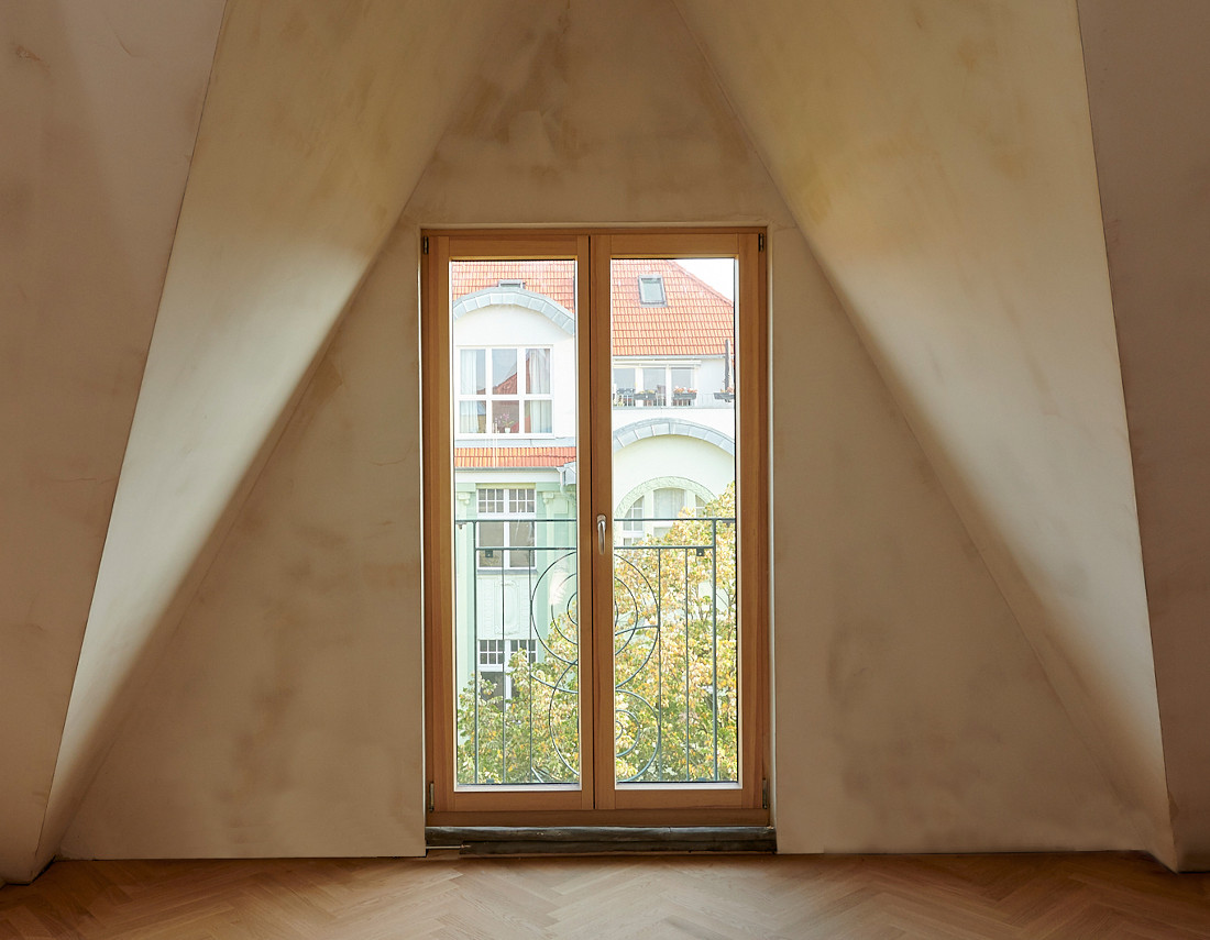 Gabriele Riesner, Architektin, Berlin, Dachgeschossausbau eines Mietshauses in Berlin-Steglitz, Dachgeschossausbau