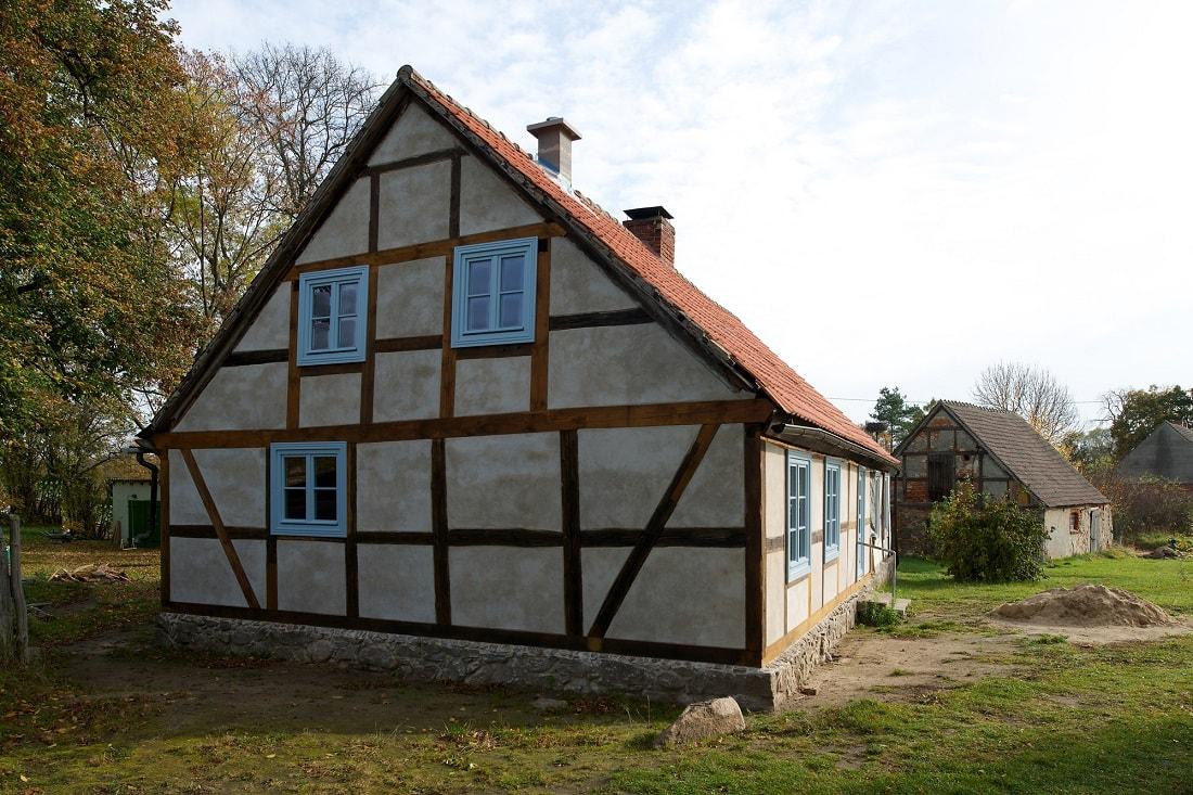 Gabriele Riesner, Architektin, Berlin, Restaurierung eines Fachwerkhauses, Friedenfelde/Uckermark, Außenansicht