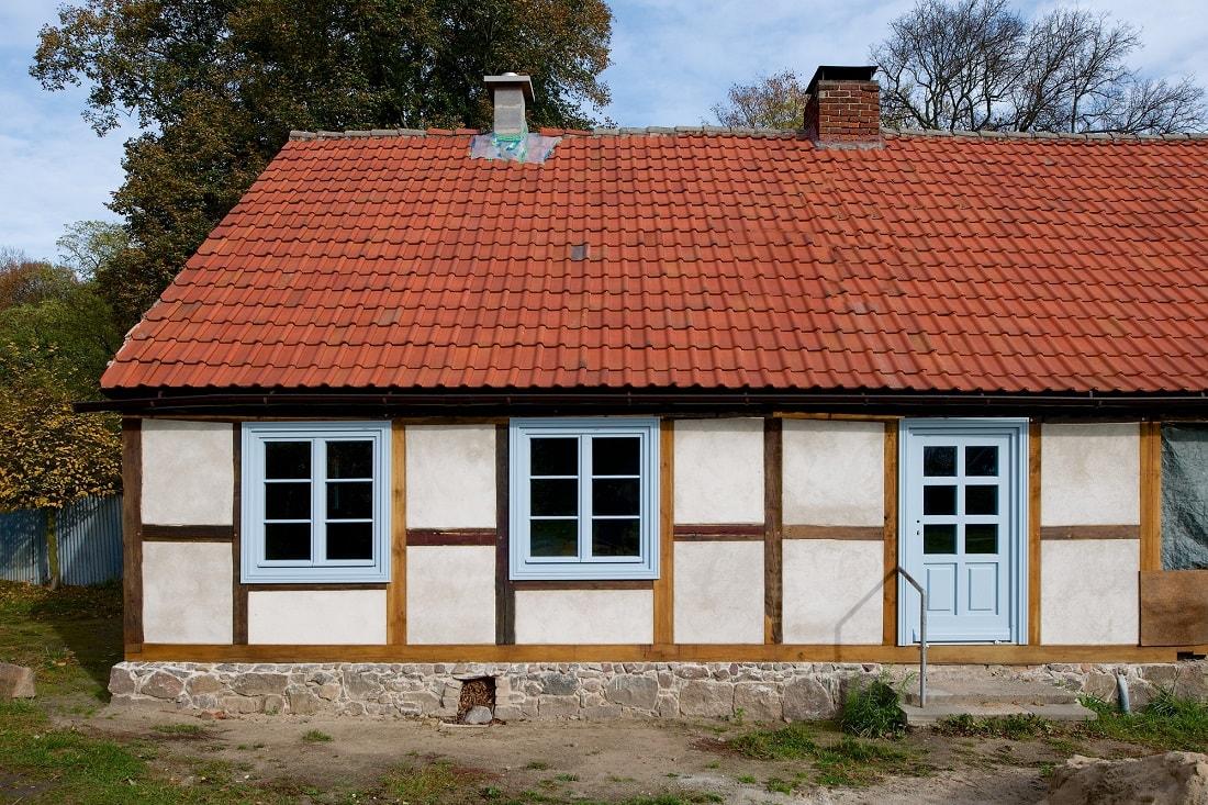 Gabriele Riesner, Architektin, Berlin, Restaurierung eines Fachwerkhauses, Friedenfelde/Uckermark, Ansicht Osten